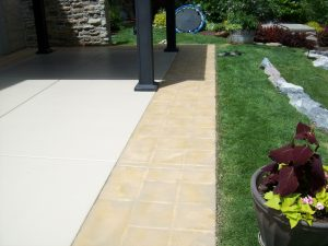 Broom finish overlay with decorative border